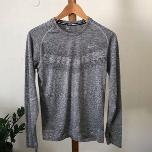 Nike flyknit sexy grey grey grey go small